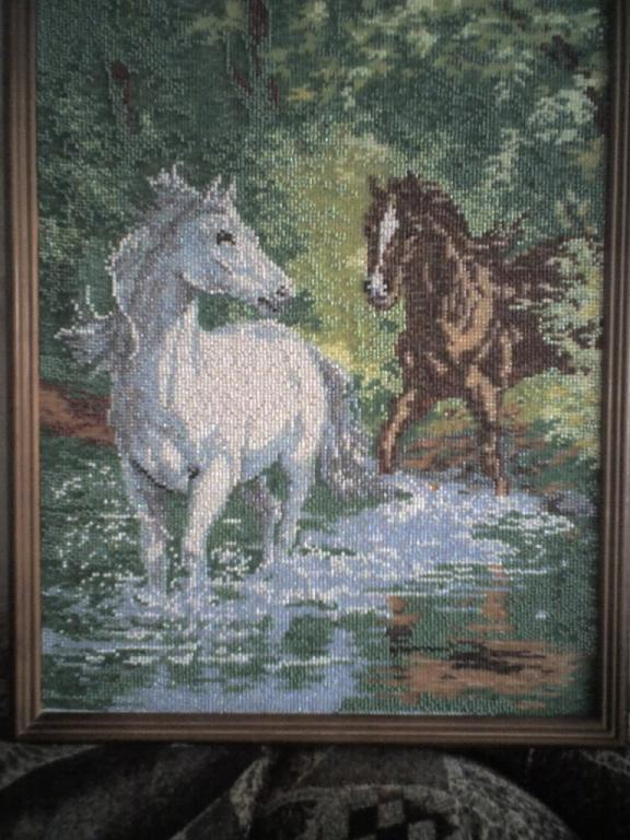Нажмите на изображение для увеличения.  Название:кони бисер.jpg Просмотров:158 Размер:78.2 Кб ID:43552