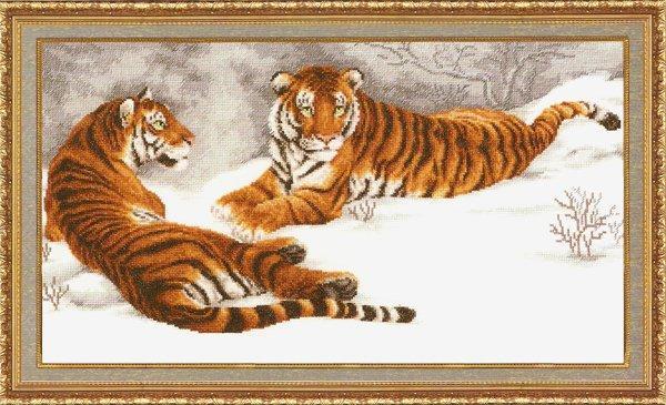 ДЖ-020 Амурские тигры.jpg