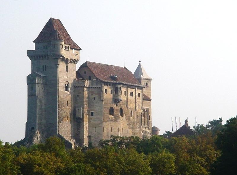 Нажмите на изображение для увеличения.  Название:замок австрия.png Просмотров:211 Размер:846.8 Кб ID:130440
